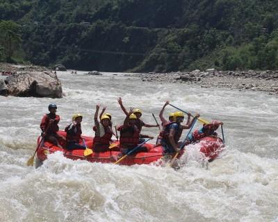 Rafting at Trishuli River